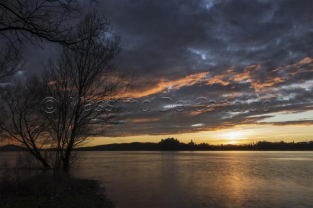 Voltorre, tramonto sul lago di Varese